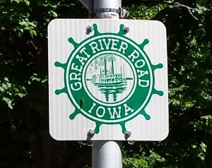 Great River Road Sign