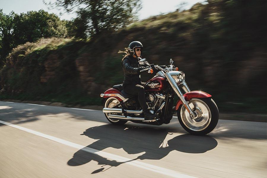harley davidson motorcycle rider